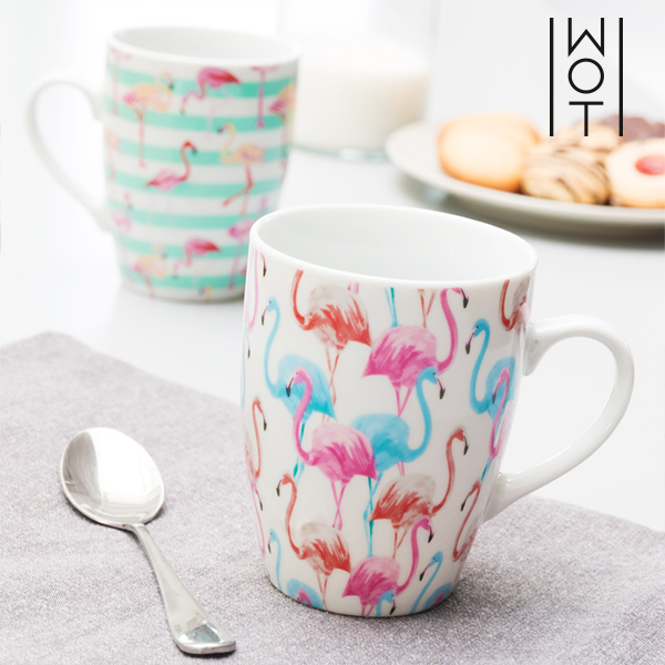 Wagon Trend Flamingo Mug