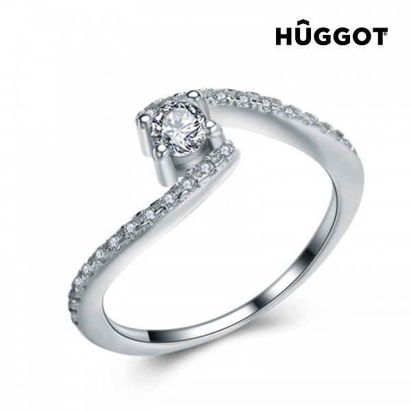 Hûggot Marilyn 925 Sterling Silver Ring with Zircons